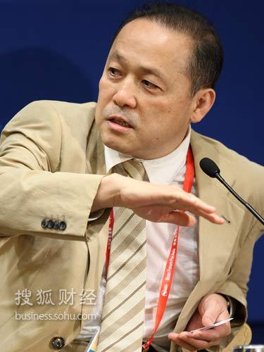 日本经济评论家山崎养世(来源:搜狐财经 唐怡民 摄)