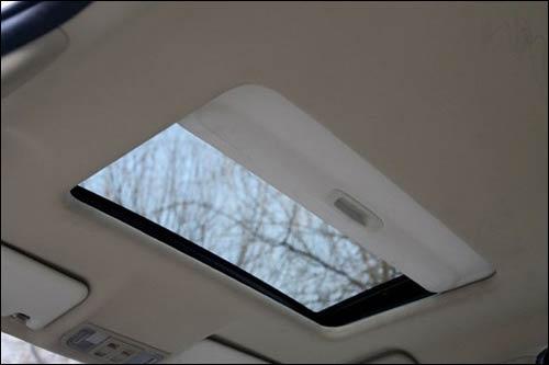 高配车型带天窗