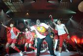 图文:南非世界杯国语主题曲发布 形象大使献舞