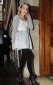 小短裙飘飘:艾玛-罗伯茨