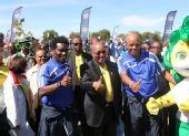 图文:南非举行世界杯倒计时50天庆祝活动