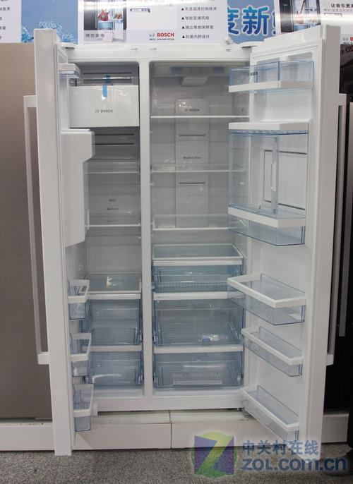 再降3000元 博世简约对开门冰箱促销