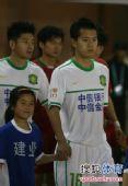 图文:[中超]河南VS北京 黄博文面色凝重