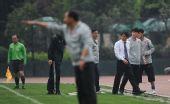 图文:[中甲]成都0-0广州 李章洙激动