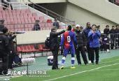 图文:[中超]上海1-2重庆 布帅力挺里亚斯科斯