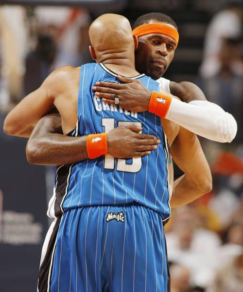 杰克逊拥抱卡特