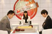 图文:BC卡杯决赛第三局 常昊与李世石龙争虎斗