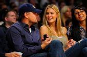 图文:[NBA]湖人战雷霆 莱昂纳多和模特女友