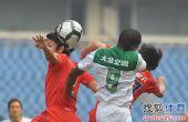 图文:[中超]重庆0-1杭州 拉米雷斯争顶