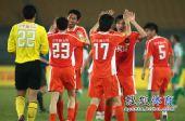 图文:[中超]北京1-1青岛 青岛如释重负
