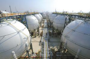 中石油中石化被指制造内外有别油价 出口打九折