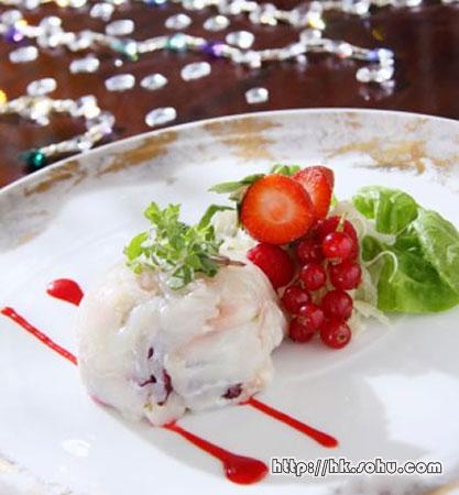 生石斑鱼薄切片配红果子及红果子汁
