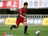 图文:[中超]陕西0-3南昌 陈志钊长驱直入