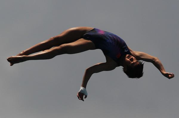 图文:美国跳水赛中国揽3金 马斯诺空中转体