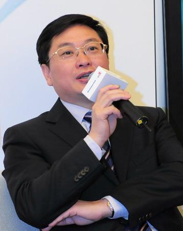 中国联通公司总经理陆益民认为与联想的合作是联通转型很重要的一部分