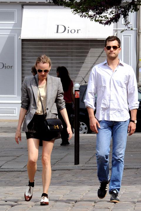 好莱坞街拍第54期:西装配短裤 戴安娜-克鲁格
