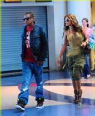 好莱坞街拍54期:哈伦裤到底酷不酷 碧昂斯