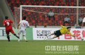 图文:[友谊赛]国奥1-6勒沃库森 对手进球瞬间