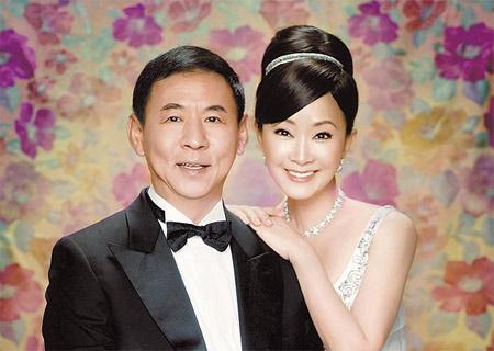 何念慈和夫婿田力行的甜蜜婚纱照首度曝光