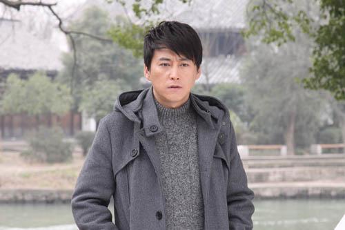 刘小锋出演《夫妻密码》剧照