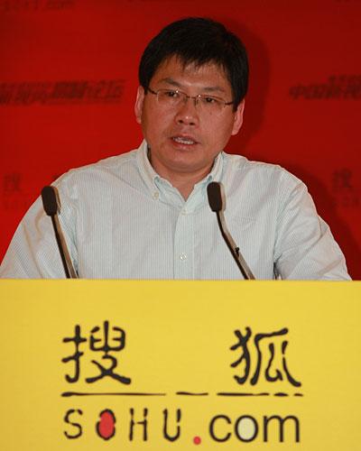 文化部中国文化研究所研究员刘军宁