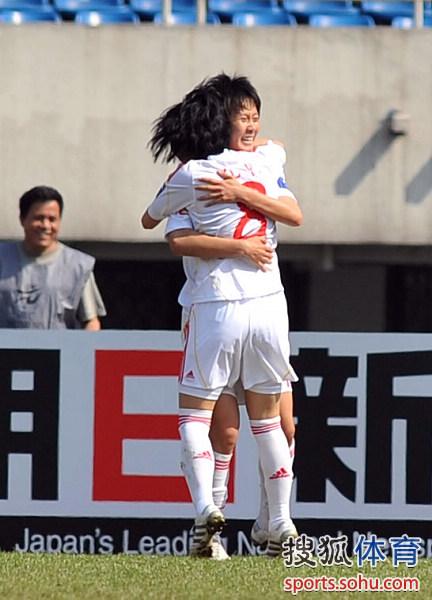 图文:[亚洲杯]女足VS澳洲 张睿首开记录