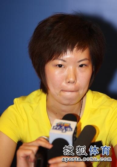 图文:陈雪获得女子八球亚军 赛后显得有些不甘