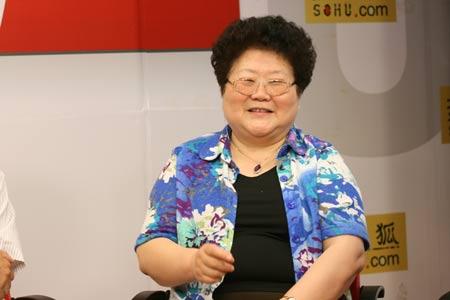 中国青少年研究会副会长、中国青年政治学院 陆士桢教授