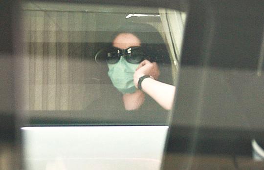 张柏芝闭关多时,昨天(5月25日)终于外出作产后复诊