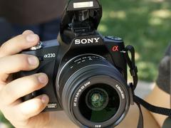 索尼最低价单反相机 A230套机仅售3180元