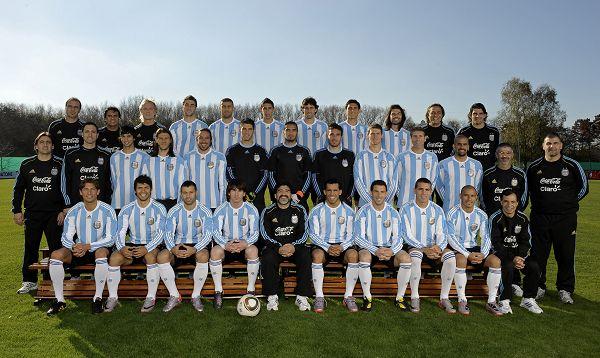 阿根廷拍全家福