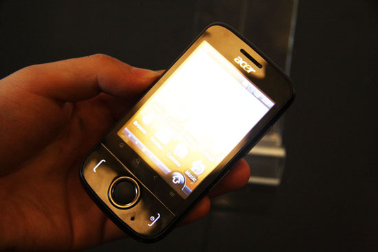 Acer入门Android手机 E110