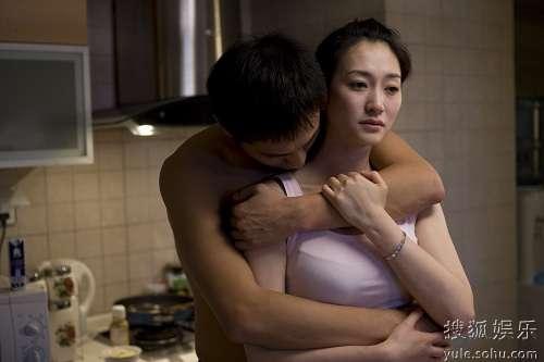 李小冉饰演刘烨妻子,两人情感陷入低谷