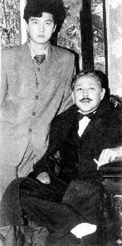 王同辉与陈道明12年前合作时的照片