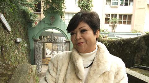 儿子懆肥妈_日前,肥妈接受节目访问时提到,二十多年前她带着大儿子由澳门来香港