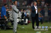 图文:[中超]天津0-0北京 洪元硕VS阿里汉