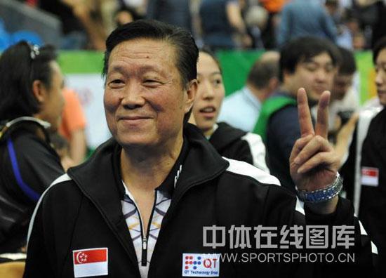 周树森专访新加坡乒乓球视频主教练专访飞机大韩的飞艇大女队图片