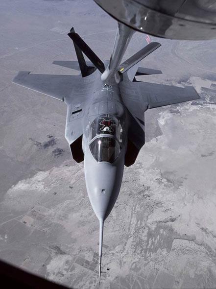 F-35战机。