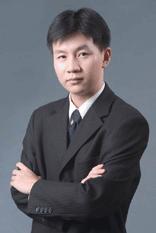 杜权,瑞士酒店管理毕业生,万科酒店管理公司人力资源部经理