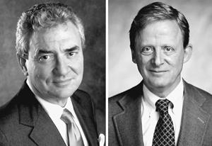 这是辞职的《纽约时报》执行总编豪威尔・瑞恩斯(左)和他的继任者约瑟夫・莱利维尔德(右)的照片。