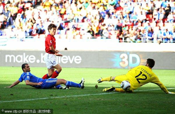 图文:亚洲首秀南非世界杯 朴智星破门瞬间