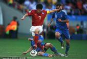 图文:亚洲首秀南非世界杯 朴智星突破成功