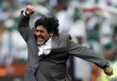 图文:阿根廷VS尼日利亚 老马狂喜庆祝