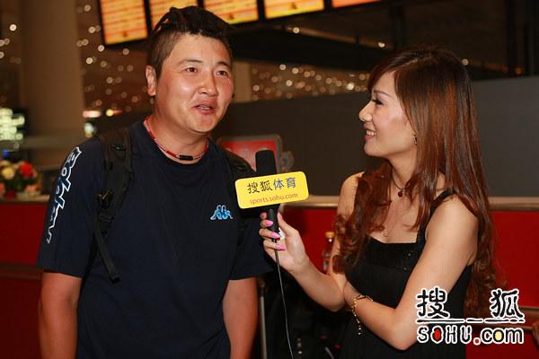 搜狐美女记者采访孙楠