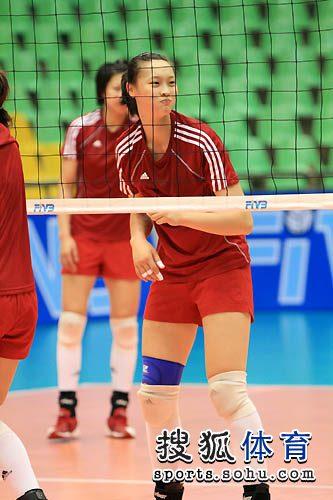 结果经过四局大战,中国女排后来居上以3-1力克对手豪夺冠军.本