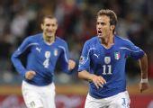 图文:意大利VS巴拉圭 庆祝德罗西的进球