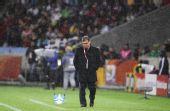 图文:意大利VS巴拉圭 马蒂诺在场边