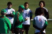 图文:墨西哥队备战训练世界杯 布置战术