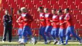 图文:塞尔维亚训练备战 跑步训练