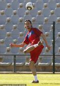 图文:塞尔维亚训练备战 触球训练